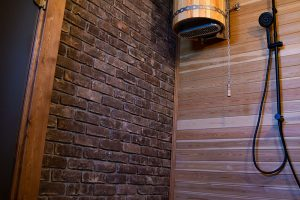 Баня с комнатой отдыха и купальней17